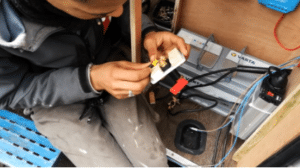 Installation électrique dans un fourgon