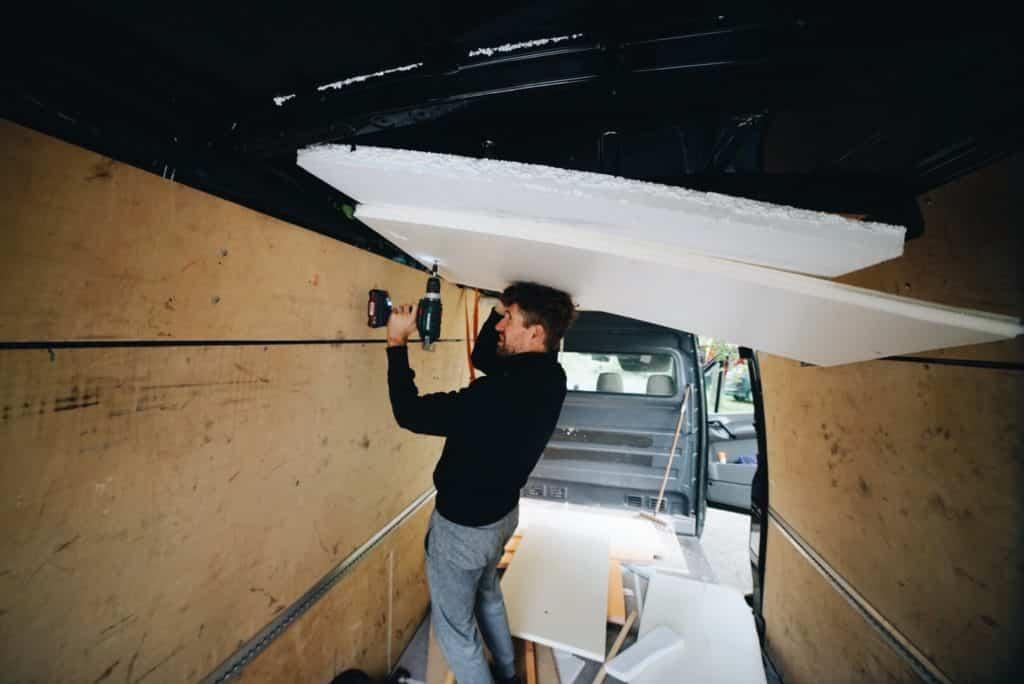 Le nettoyage de notre Volkswagen rallongé