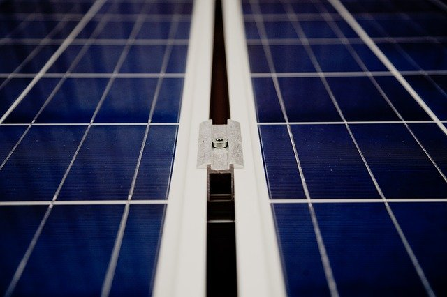 Panneau solaire fourgon aménagé